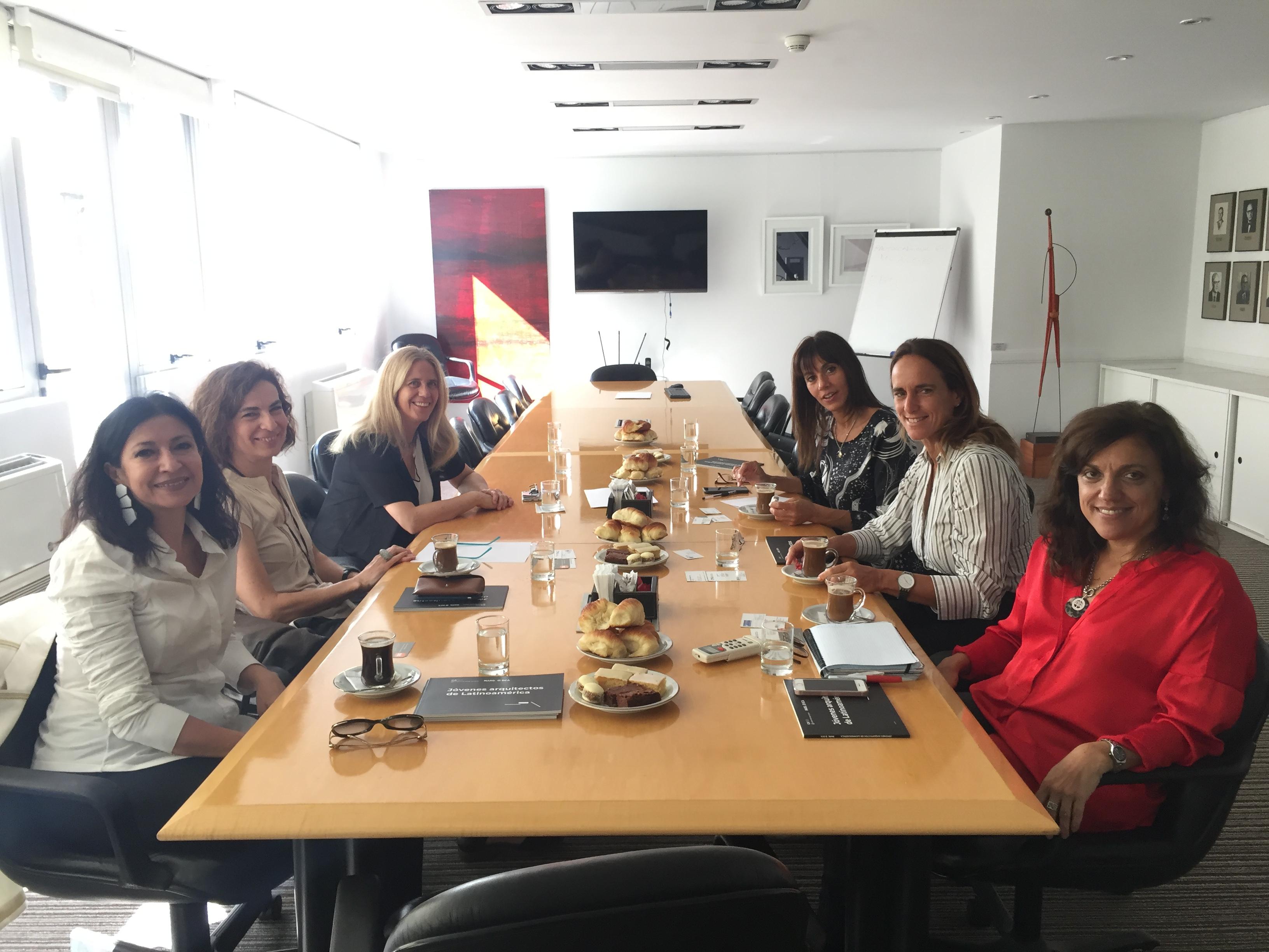 Mesa de Mujeres Líderes
